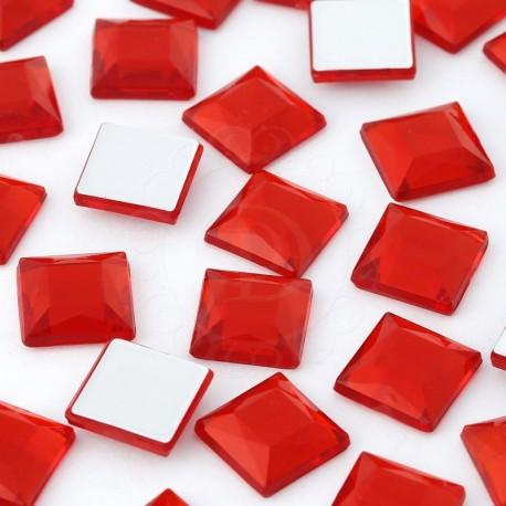Cyrkonie kwadratowe 4 x 4 mm (czerwone) - 176 szt.