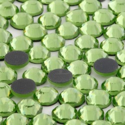 Cyrkonie ss16 hot-fix (3,5 mm) zielony jasny (peridot) 1440 szt.